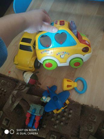 Іграшки, игрушки.