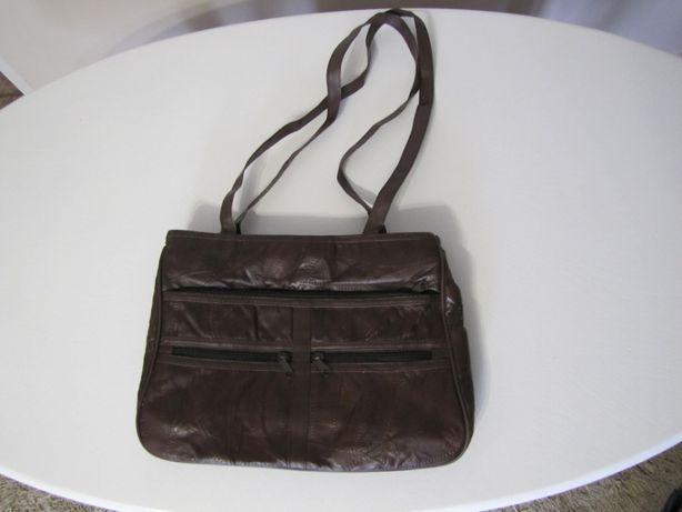 Niezwykle pojemna torba ze skóry