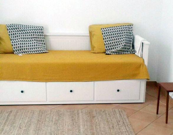 Cama Hemnes IKEA individual/dupla com 3 gavetas