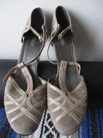 Sapatos de salto Cortefiel 39