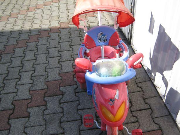 Rowerek dziecinny z parasolką