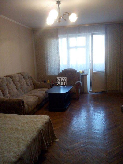 Сдам видовую 1-комнатную 40 кв.м возле ст.метро Дружбы Народов Киев - изображение 1