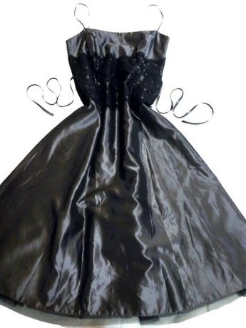 Вечернее платье-корсет Laura Ashley графит, с кружевами и пышной юбкой