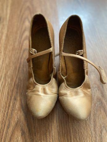 Продам туфли для бальных танцев стандарт
