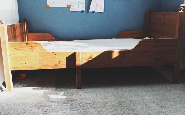 Łóżko drewniane ikea Leksvik