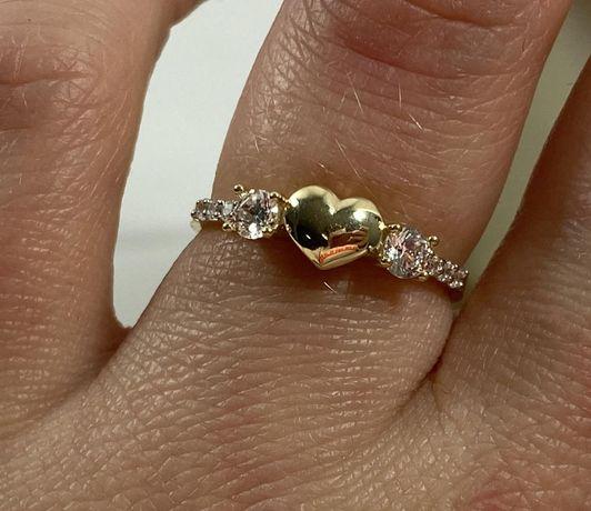 NOWY piękny złoty pierścionek 1,85g / 585 / r. 16