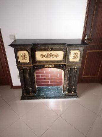 Lindíssima Lareira decorativa com arrumação Pedra Mármore