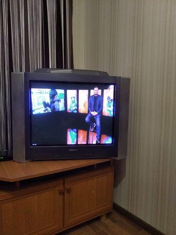 Продам телевизор SONY  TRINITRON , с самбуфером