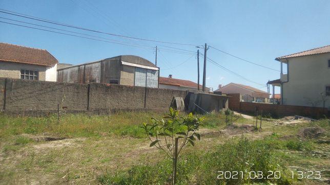 Venda de terreno na Amieirinha