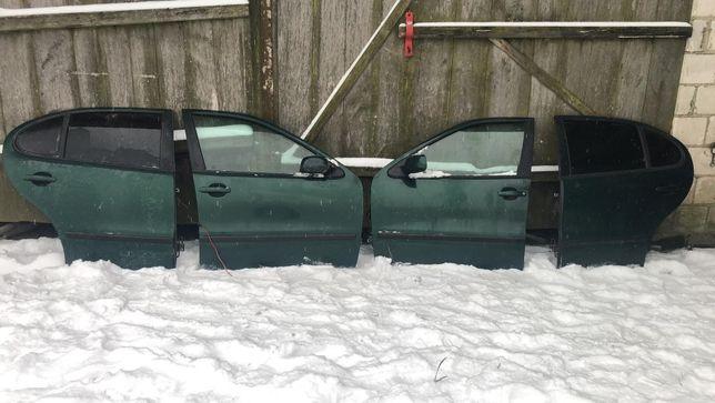 drzwi seat toledo2/leon1 zielone LC6M