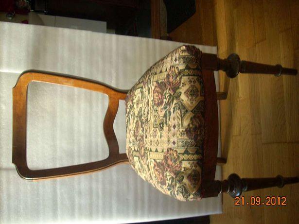 krzesla antyki
