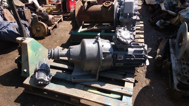 Климатический мотор редуктор 7,5 квт усилие 2500 Н*м передаточное 31,5