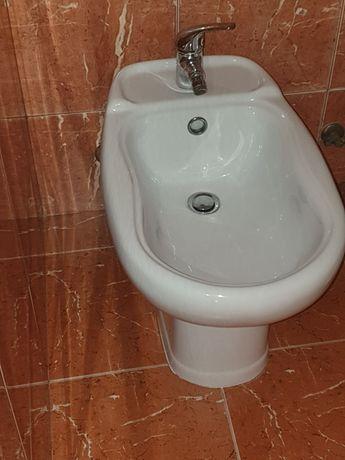 2 Bidés WC usados