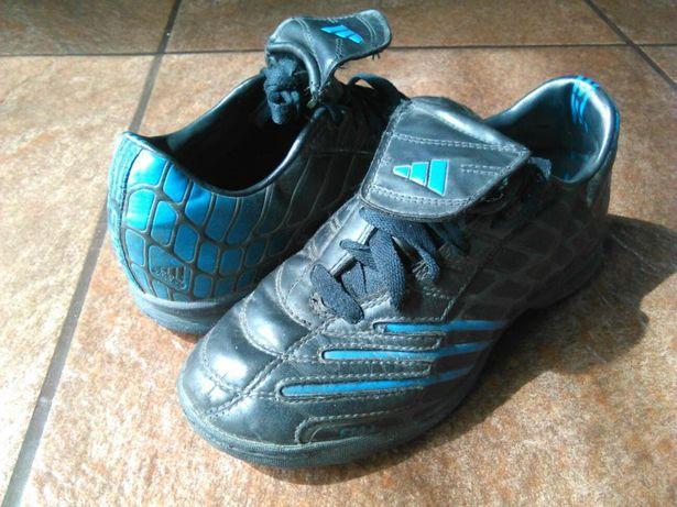 Oryginalne buty Adidas F10 r.34