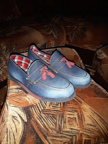 Продам,туфлі,розмір 35