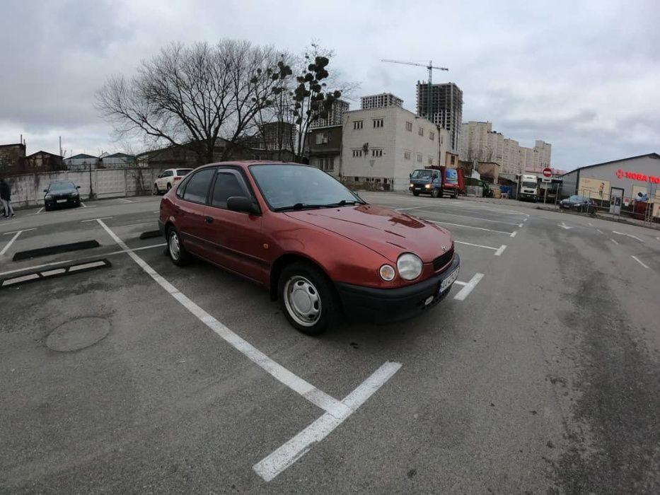 Продам Toyota Corolla 1999 Киев - изображение 1