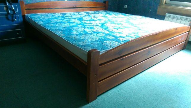 Łóżko drewniane solidne z materacem 200x200