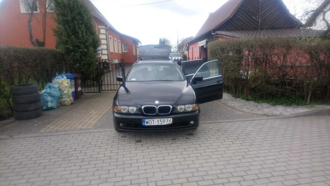 BMW E39 2.5 D Rok 2000
