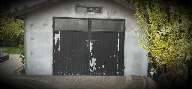 Solidne drzwi garażowe / brama garażowa