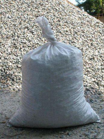 Щебінь гранитний у мішках (40 кг)