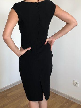 Sukienka czarna zara dopasowana ołówkowa