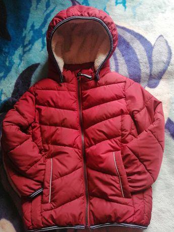 Фірмові куртки на хлопчика 4-5років.Ціна 400грн кожна.