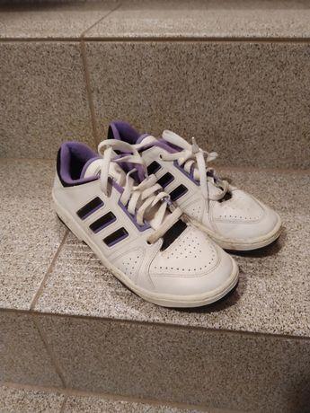 Adidasy damskie skórzane róż 35 szyte Associaton K