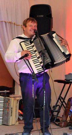 Akordeonista - wyprowadzenie do ŚLUBU MŁODEJ PARY