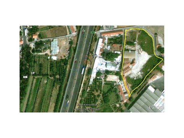 Terreno industrial em Castanheira do Ribatejo