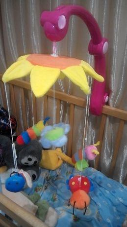 Заводная игрушка на детскую кроватку