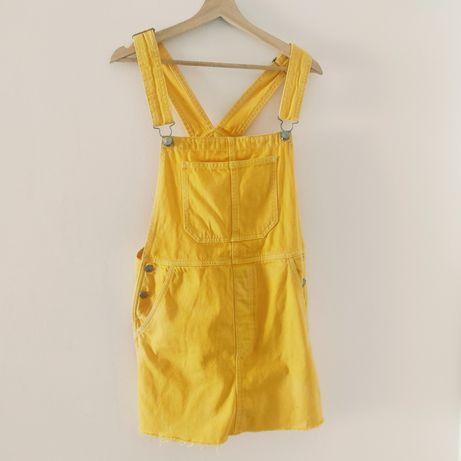 Vestido-jardineiras amarelo