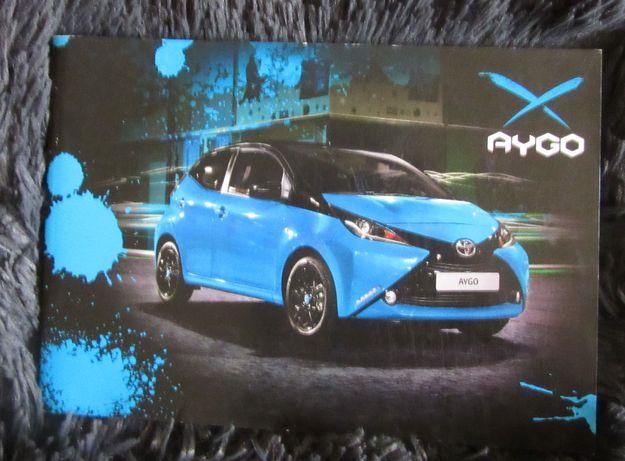 Broszury Folder prospekty motoryzacyjne Toyota Aygo 95 stron PL