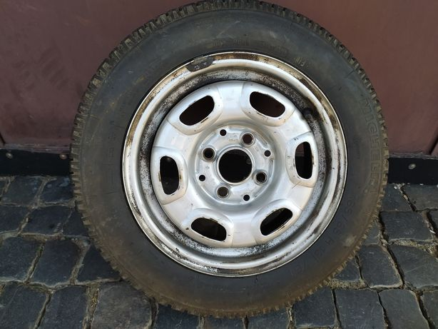 Продам колесо від Passat B2