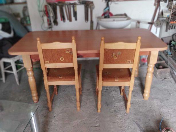 Sprzedam stół z 6 krzesełkami