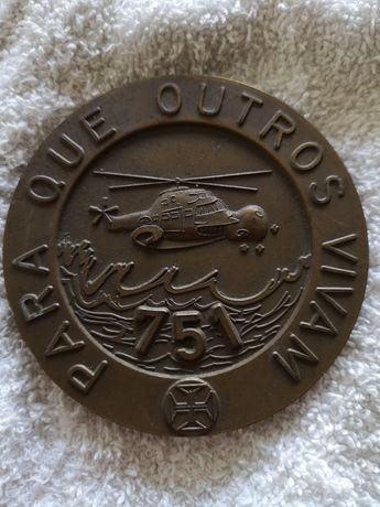 Coleção de medalhas de bronze aviação militar