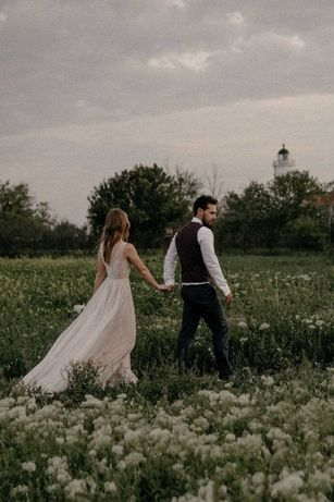 нежное свадебное платье для стройной девушки р.42