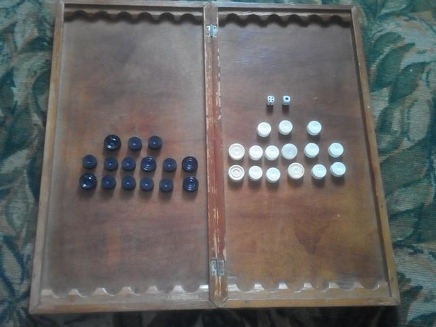 Продам нарди и шашки два в одному