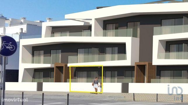 Apartamento - 66 m² - T2