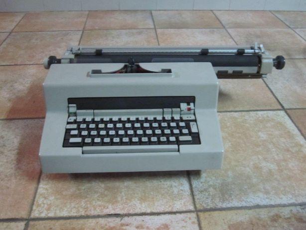 Máquina de escrever Olivetti Editor 3 - Colecção
