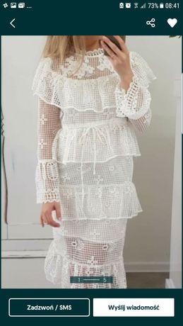 Sukienka piękna koronka m