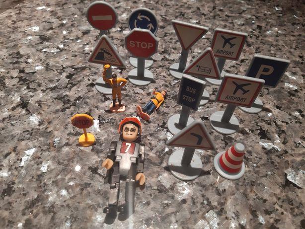 Znaki drogowe ludzik ludziki vintage boho 13 szt plastik kolekcja star