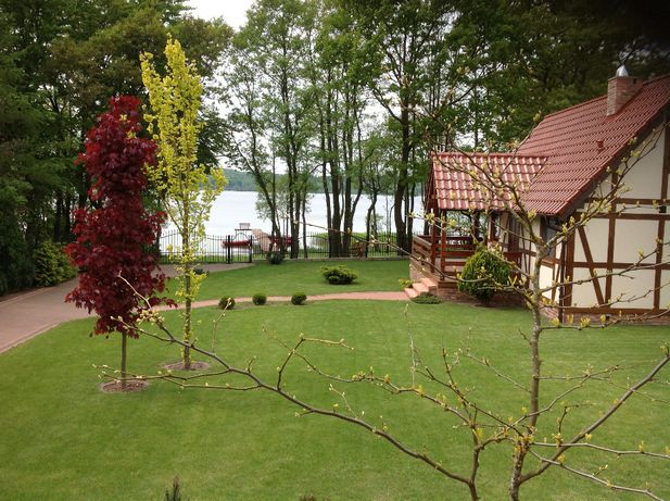 Domek nad jeziorem Domek kaszuby Domek z linią brzegową żarnowieckim
