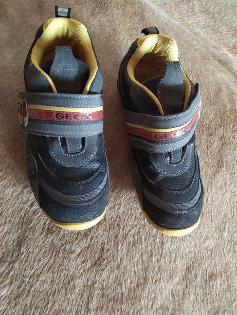 Кросівки GEOX з Італії на хлопчика