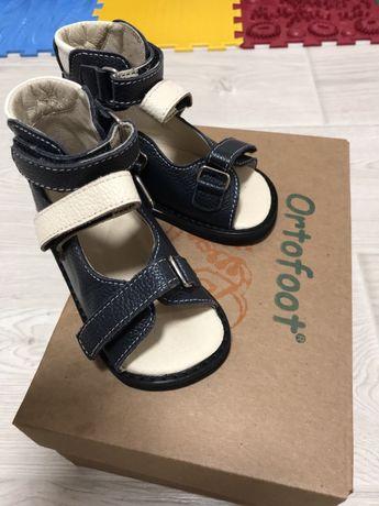 Ортопедические сандали Ортофут