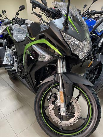 Мотоцикл Лонсін Loncin lx 250 gp, 300, Lifan
