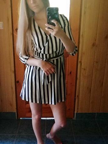 Sukienka w paseczki