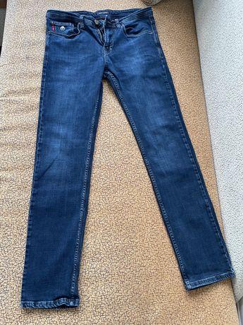 6 джинсов