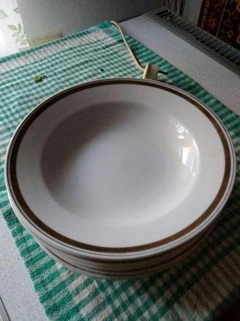Тарілки з розписом тарелки