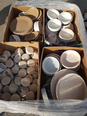 Porcelana idealna na targowiska, bazary itp. Super cena!