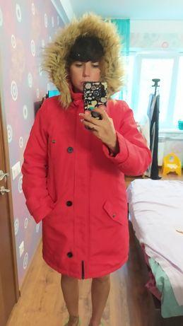Осенняя красная куртка парка размер L